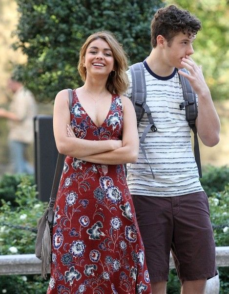 Sarah Hyland and Nolan Gould are spotted filming scenes for 'Modern Family' in New York City.