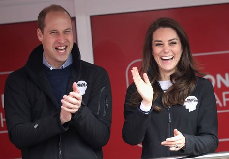 Kate Middleton Photos Photos - Prince William, Duke of Cambridge, Catherine, Duchess of Cambridge and Prince Harry cheer on runners as they signal the start of the 2017 Virgin Money London Marathon on April 23, 2017 in London, England. - The Duke & Duchess of Cambridge and Prince Harry Attend the Virgin Money London Marathon
