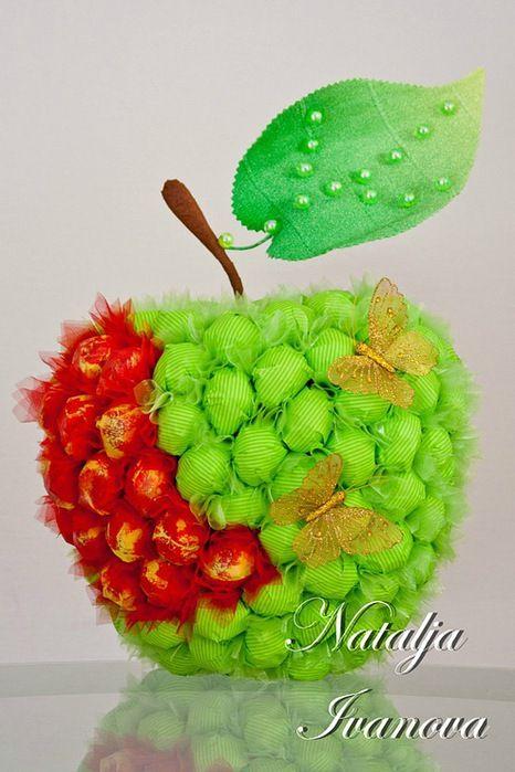 Как сделать из конфет фрукты своими руками  771