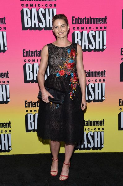 Jennifer Morrison attends the Entertainment Weekly Comic Con Celebration.