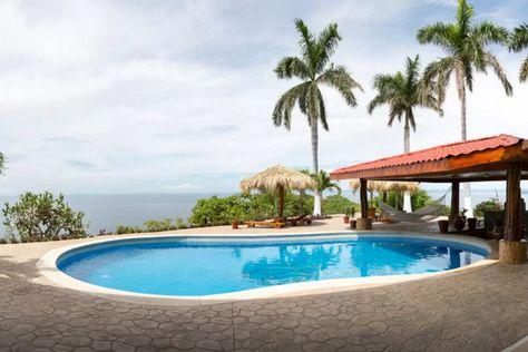 The Best Airbnb Getaways in Costa Rica | Villa Vista de Oro