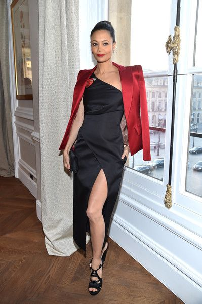 Thandie Netwon attends the Schiaparelli Haute Couture Spring Summer 2017 show as part of Paris Fashion Week on January 23, 2017 in Paris, France.