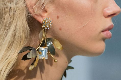 Earrings, Bracelets and Necklaces on the Milan Runway - Milan's Most Unique Spring '17 Runway Jewelry - Photos