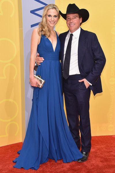 Clay Walker and Jessica Craig - The Cutest Couples at the 2016 CMA Awards - Photos