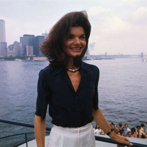 Windy Day - These Rare Photos of Jackie O Are So Touching - Photos
