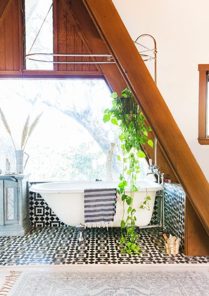 Bathroom Goals - This Hollywood Hills A-Frame Home Is Magical - Photos