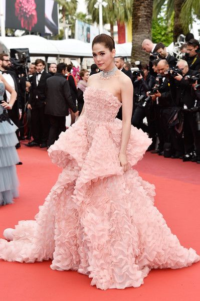 Araya A. Hargate in Pink Structured Ruffles, 2016 - The Most Daring Dresses on the Cannes Red Carpet - Photos