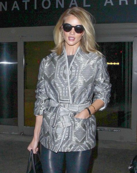 Rosie Huntington-Whiteley lands in Los Angeles.