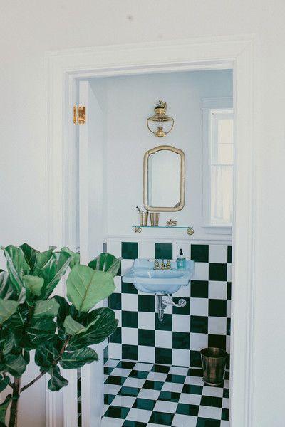 A Tiny Nashville Cottage Gets A Sleek Facelift - Photos