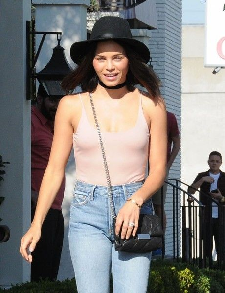 Jenna Dewan-Tatum is spotted out for lunch at Gracias Madre.