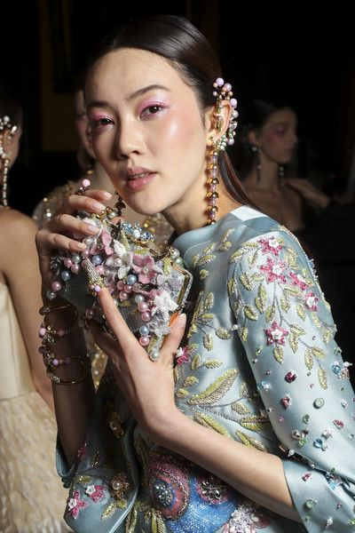 Backstage at Georges Hobeika Couture Spring 2017 - Beautiful Backstage Couture Photos From Paris - Photos