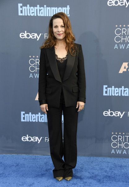 Lili Taylor - All the Looks from the 2016 Critics' Choice Awards - Photos