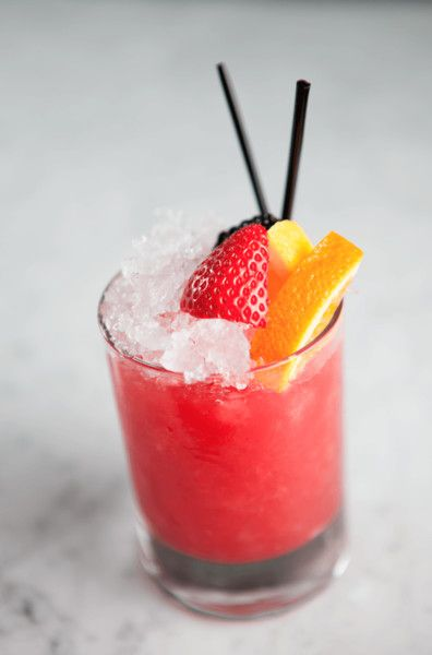 COBBLER – Salt Air (Los Angeles) - Drink Your Vitamins With These 24 Fruit & Veggie Cocktails - Photos