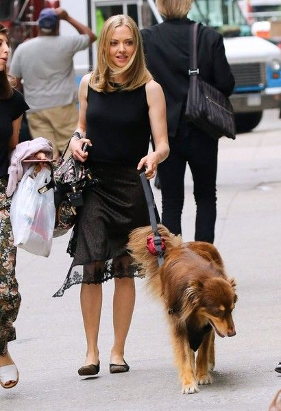 'Twin Peaks' actress Amanda Seyfried is spotted out walking her dog Finn in New York City.