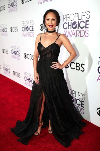 TV personality/dancer Cheryl Burke attends the People's Choice Awards 2017.