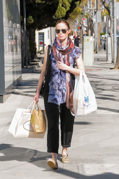 Emily Blunt spends time out shopping in the sun.