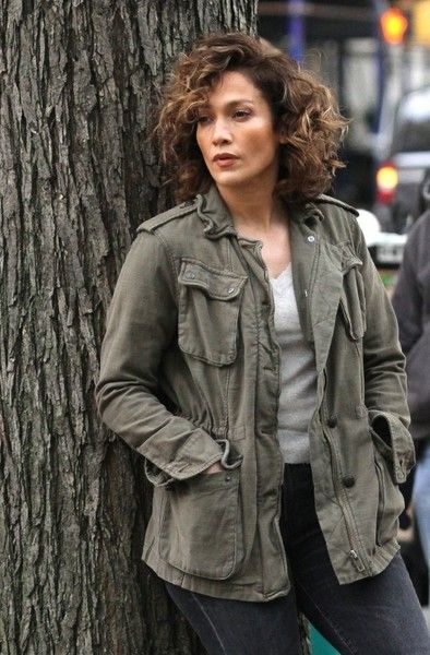 Jennifer Lopez films the second season of her show 'Shades of Blue' in Manhattan's Upper East Side.