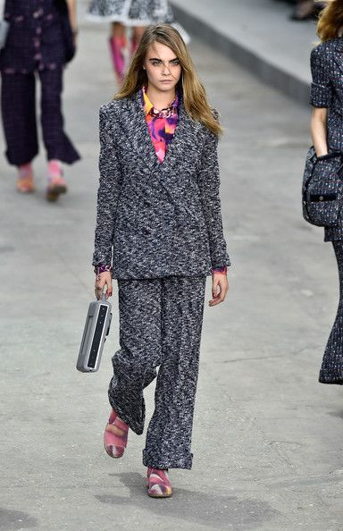 Chanel, Spring 2015 - Cara Delevingne on the Catwalk - Photos