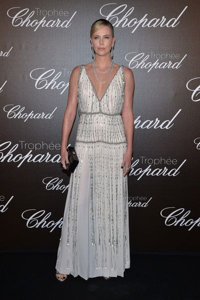 Charlize Theron attends the Chopard Trophy photocall at Hotel Martinez on May 22, 2017 in