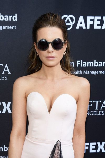 Actress Kate Beckinsale attends the BAFTA LA Garden Party on June 26, 2016 in Los Angeles, California.