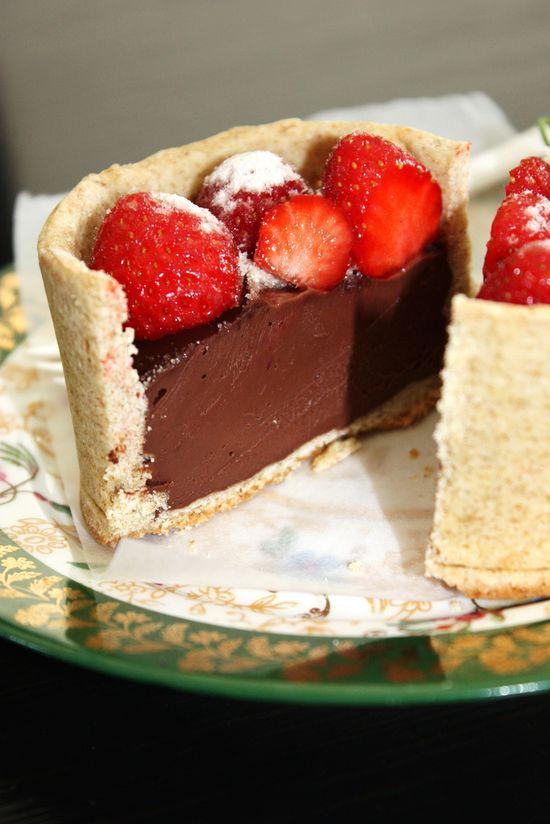 Strawberry chocolate dessert #food #baking  #cakes