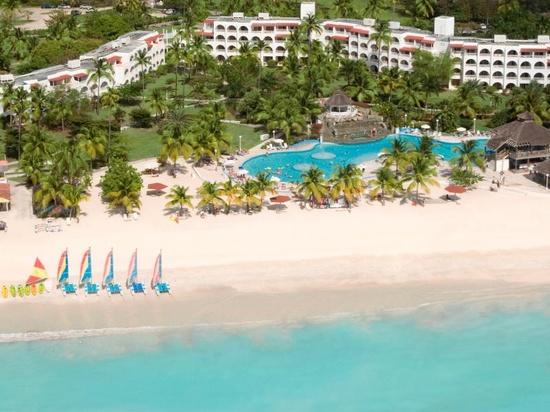 Jolly Beach Resort & Spa in Antigua and Barbuda