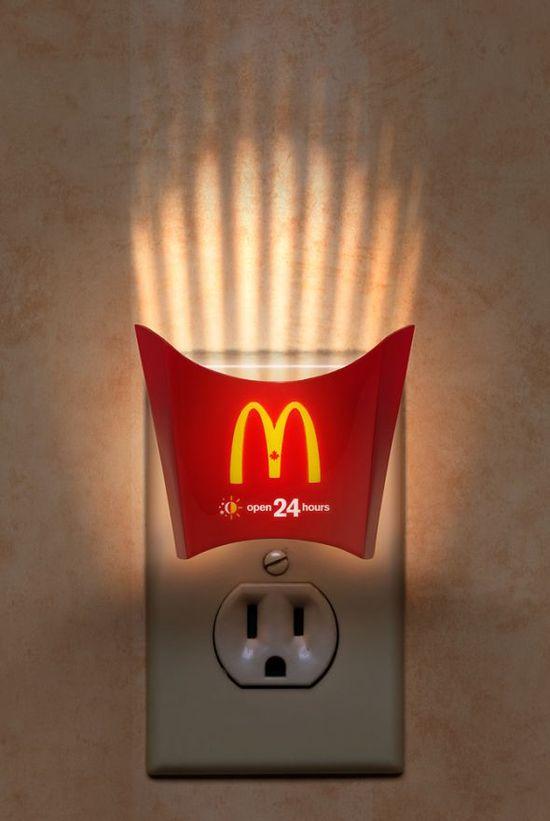 McDonald's: Night Light. Encontrado em adsoftheworld.com...