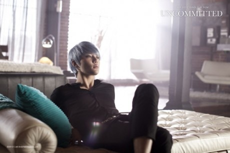 "JYJ Junsu (Xia) releases MV ""Uncommitted"" (준수 영어 싱글) + Ranks 1st on China's YinYueTai Chart"