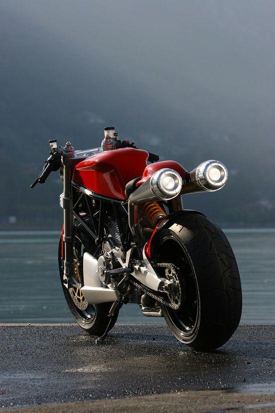 Unique custom Ducati 1000  extreme-modified....