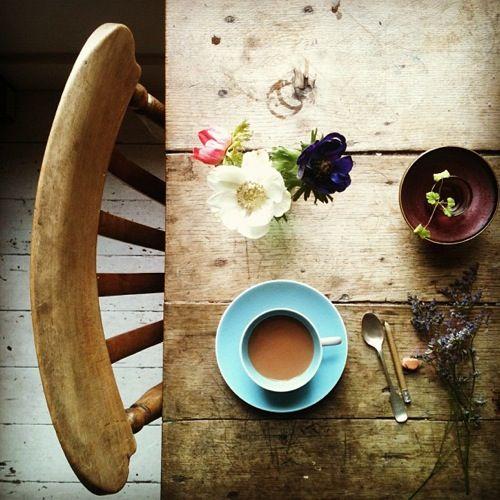 tea & flowers instagram