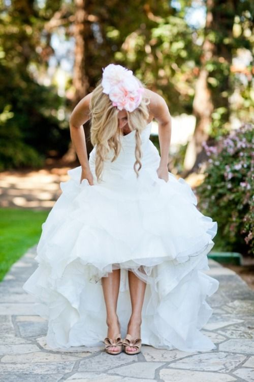 фото под платьем у невесты
