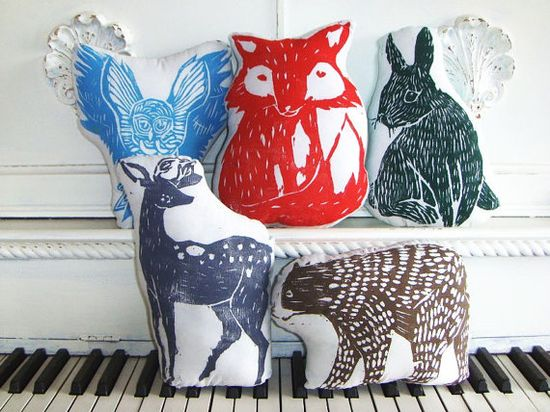 Any of these woodland animal pillows would look great in your child's nursery #pinparty
