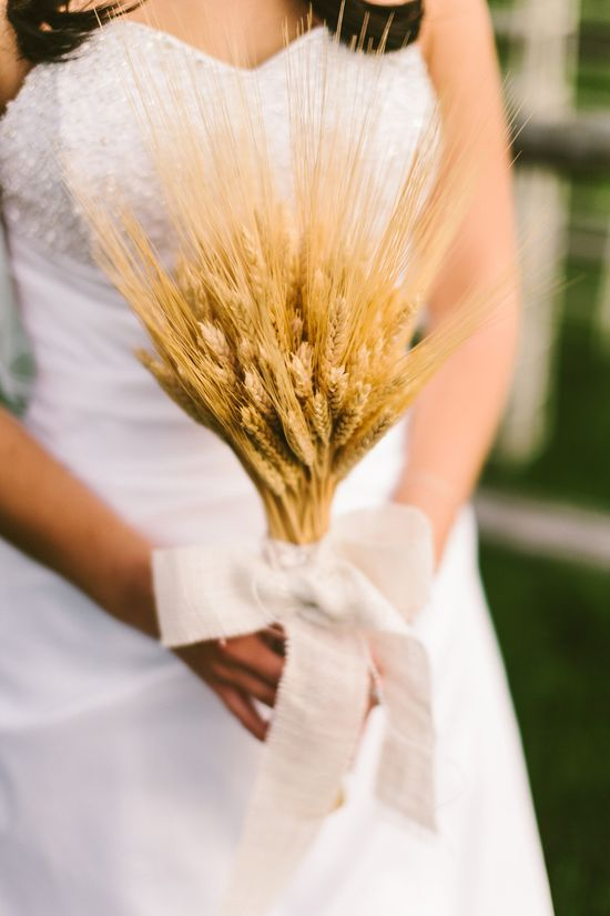 Ontario Wedding from Taylor Roades Photography  Read more - www.stylemepretty...