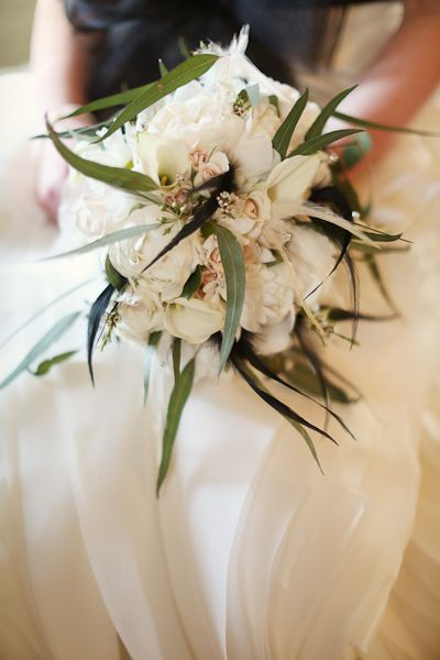 LOVE this eclectic bouquet // photo by AlisonConklin.com