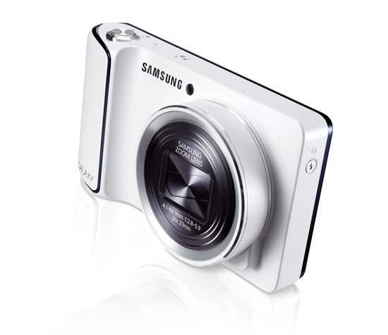 Samsung Galaxy Camera review -- pretty freaking amazing (to say the least)