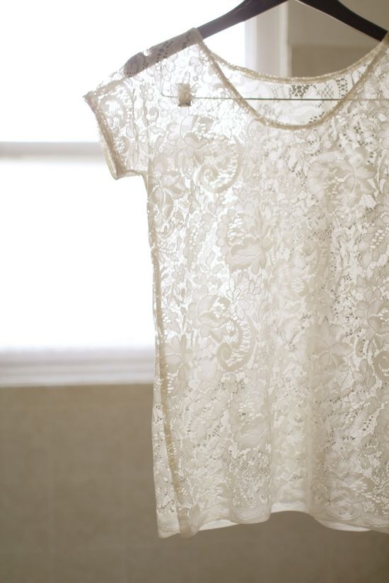 DIY: lace top