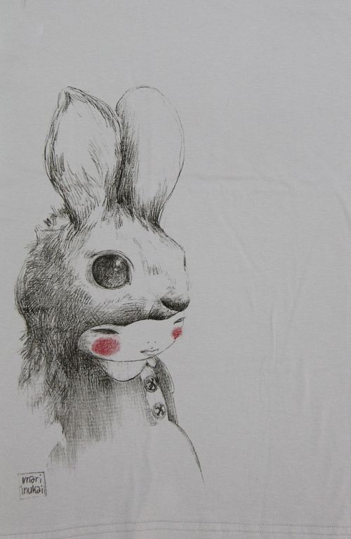 Usagi by Mari Inukai #illustration #art