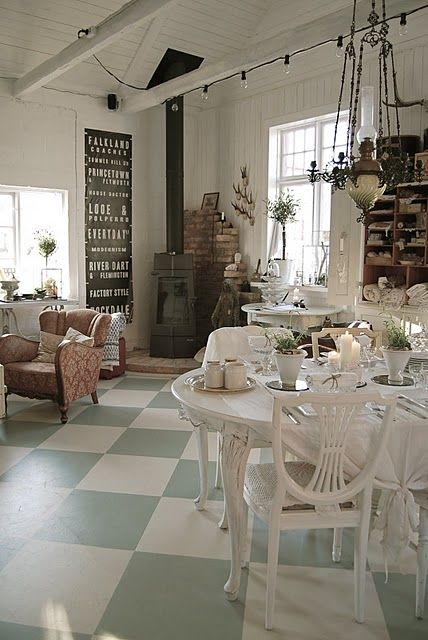 Cottage living space, love the floor