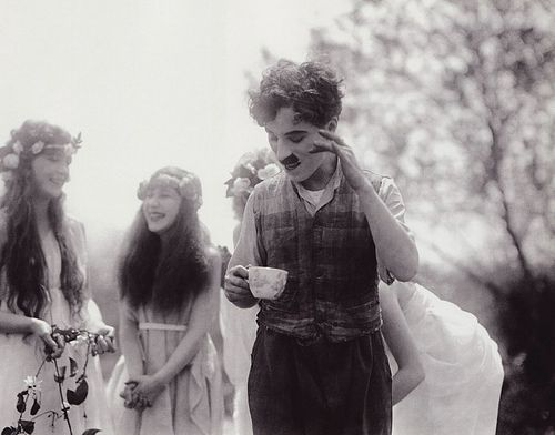 possibly my favourite charlie chaplin photo.