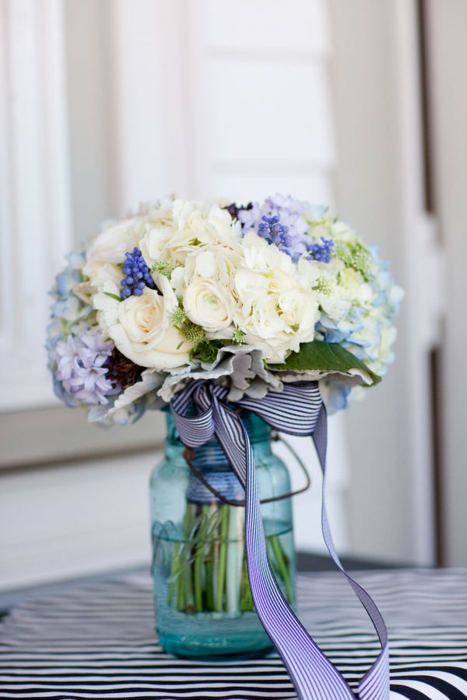 Blue and white bouquet  www.simplewedding