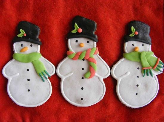 Cute Snowman cookies by bubolinkata, via Flickr