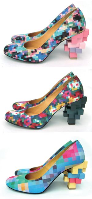 shoewonk:    These pixelated shoes are pretty awesome.
