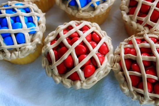summer picnic cupcakes..