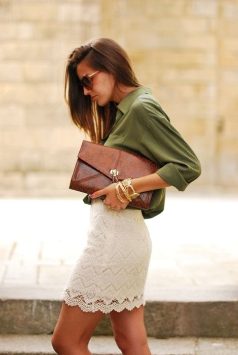 Lace skirt, green top, brown clutch