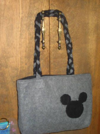 Sew a Mickey Mouse Purse from 2 Fleece Scarves...Disney...Crafts