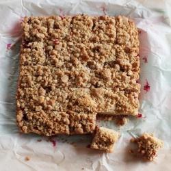 Cranberry Apple Crumb Bars