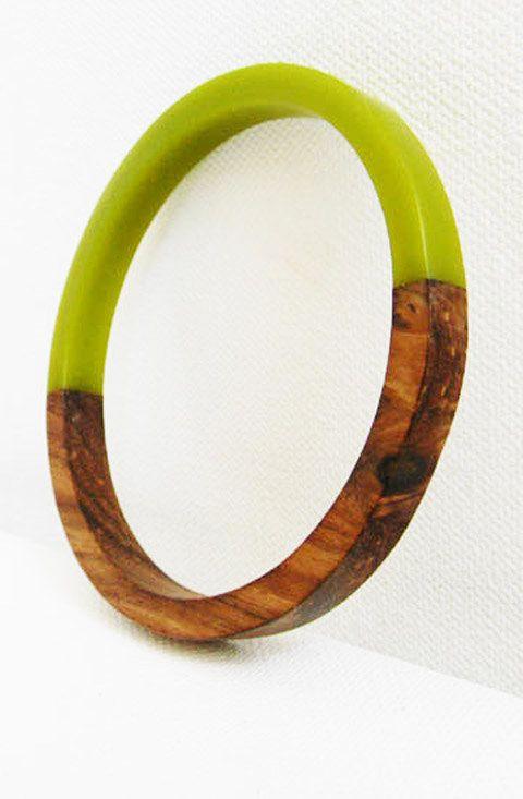 Vintage Bakelite and Wood Grain Bangle Bracelet.