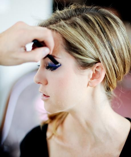 A sparkly cat-eye look you'll want to try