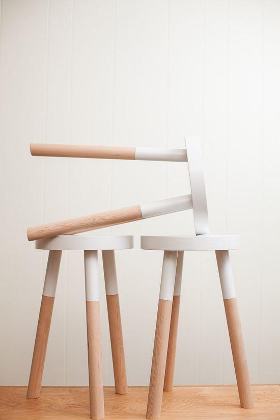 tamboret de fusta fet a mà per PecanWorkshop