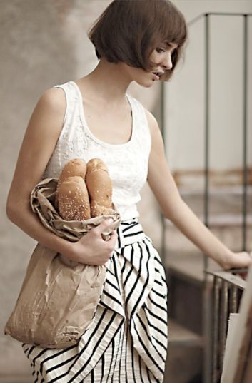 striped bow skirt & baguettes - I also love the Louise Brooks hairstyle?